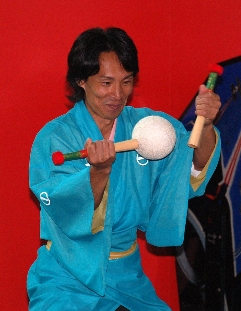 Edo-Daikagura and Kendama 2009